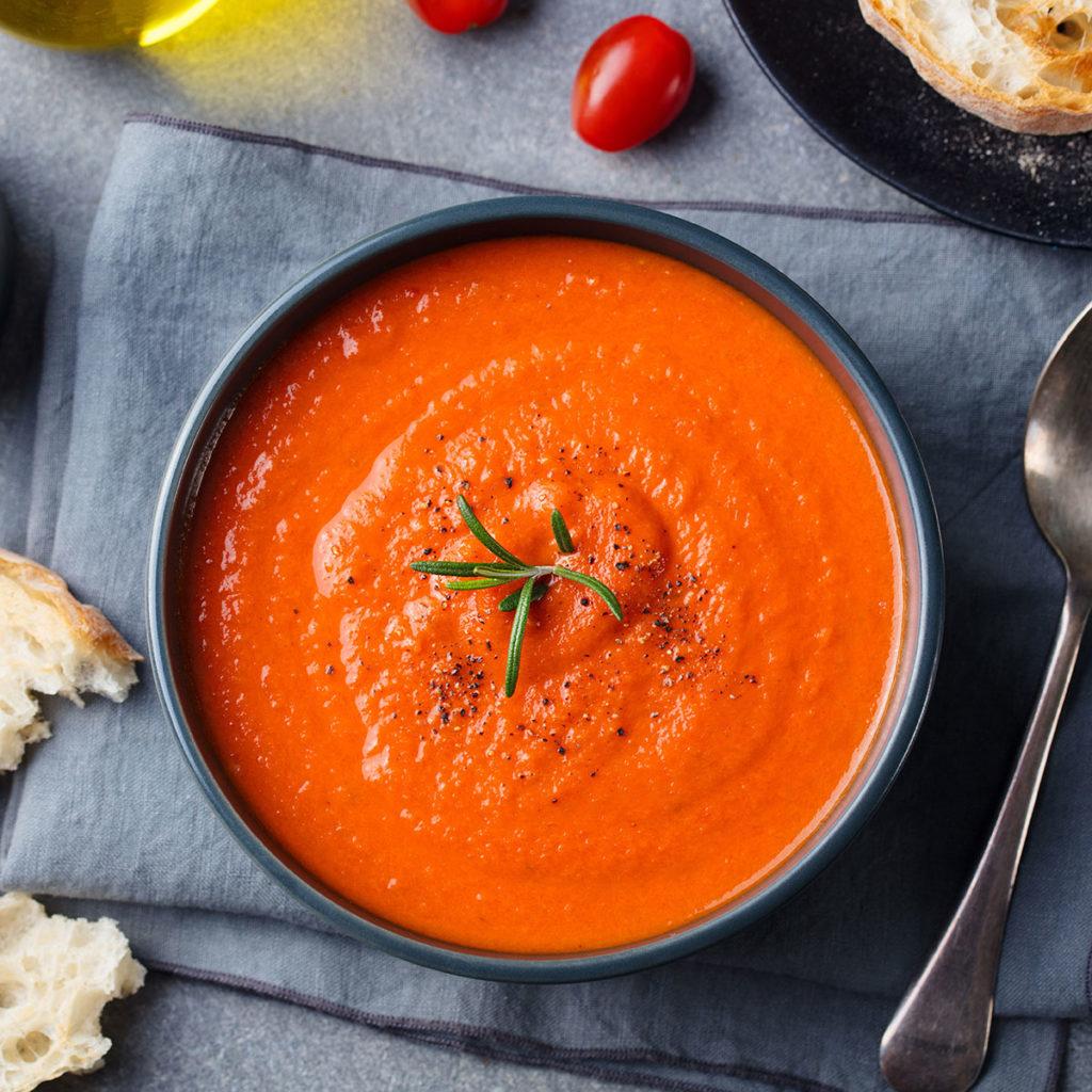 zuppa di pomodori freschi